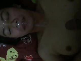 Indonesian gf gets loads of face...