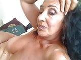 Porn amature woman seduces guy