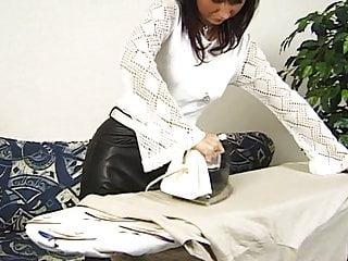 Hausfrau als Fickobjekt benutzt - Mega Milf fuck - Bild 2