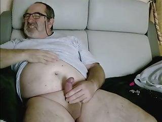 Stocky daddy bear...