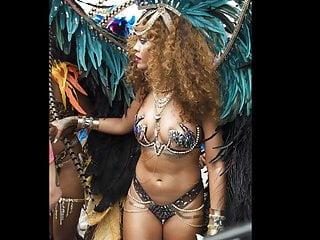 Rihanna – Jerk Off – PICTURES