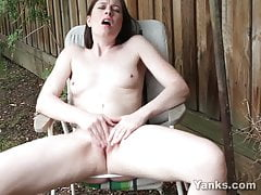 Yanks - Babe Taliah Mac Plays Outdoors