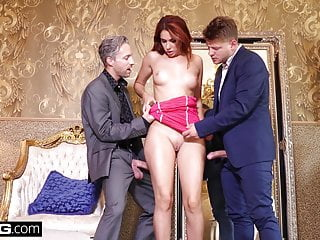 Glamkore gets a sensual dp lux hotel room...