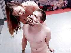 Wrestler Bella Rossi Has Pussy And Ass Eaten By Peter King
