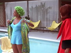 Vivica A. Fox, Halle Berry – ''Why Do Fools Fall in Love''