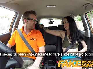 Fake driving school gamer minx...