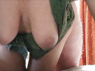 large natural boobs swinging and bouncing