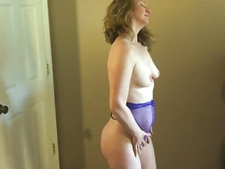 and Nextdoor Cums MILF Screams
