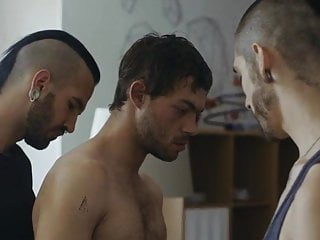 Street hustler in threesome with punks (2018)