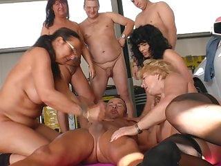 Party in der Werkstatt