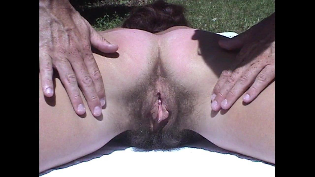 Hairy mature Inge V3 - Hairy ass
